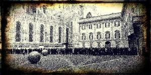 Davanti al Palazzo Reale di Milano, ore 10-12.30